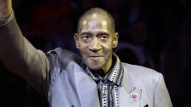 Harthorne Wingo, 73, Fan Favorite on Knicks Title Team, Dies
