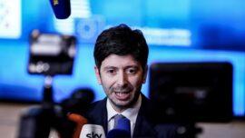 Italy Suspends Flights From Brazil in Response to New Coronavirus Variant