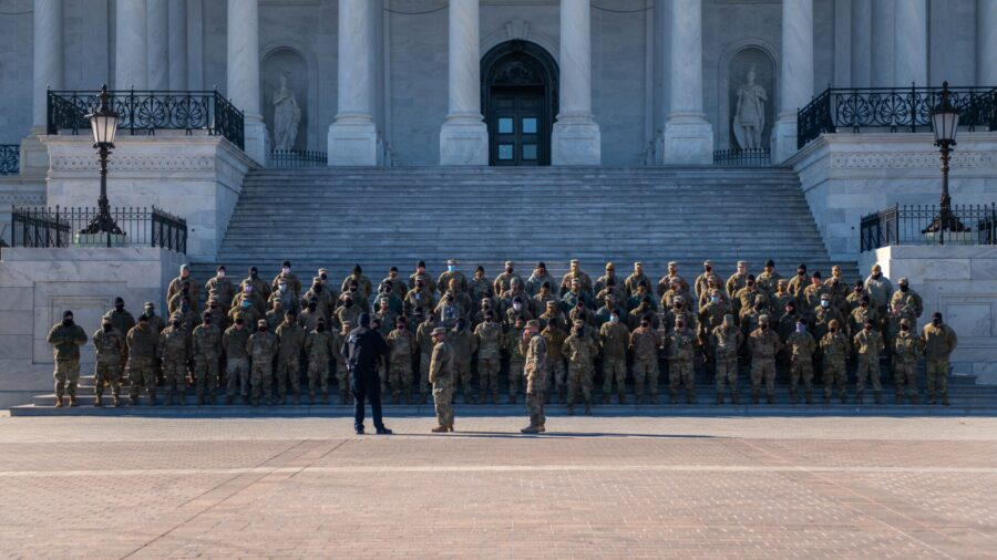Thousands of National Guard Troops to Remain in DC Through March