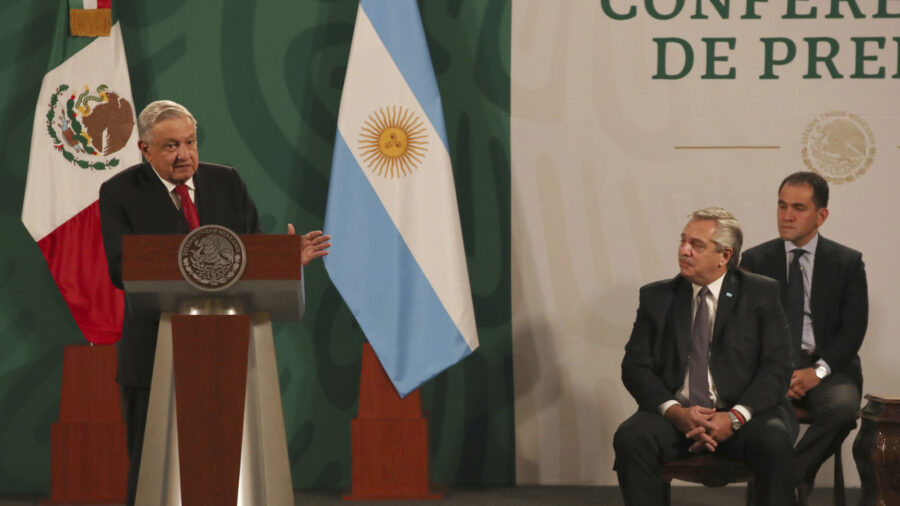 Mexican President Says Mexico Doing Better Than US on Virus