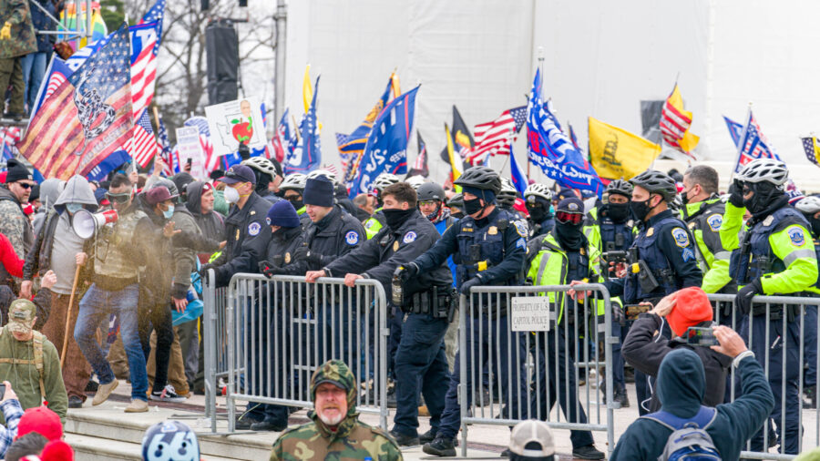 Ex-Capitol Police Chief: Intel Indicated Antifa, Proud Boys, Other Groups Would Join on Jan. 6