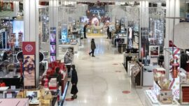 Fashion Retailer Moves Online During Pandemic