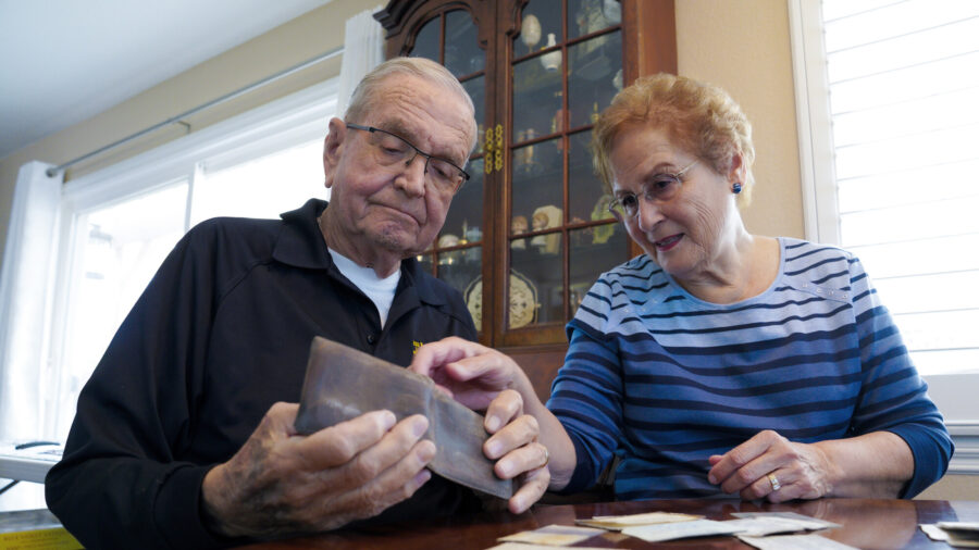 Wallet Lost in Antarctica in '60s Returned to California Man