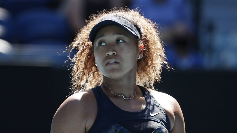 Osaka Overpowers Serena in Open Semi-Final