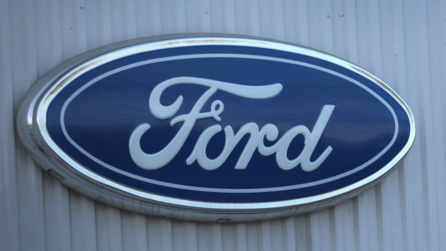 GM, Cruise Sue Ford to Block Use of 'BlueCruise' Name for Hands-Free Driving