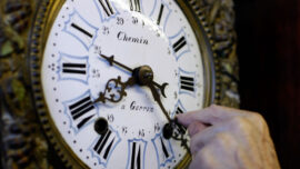 Lawmakers: Year-Long Daylight Savings Time