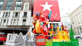 Lockdowns Bring Double-Digit Growth to Lego