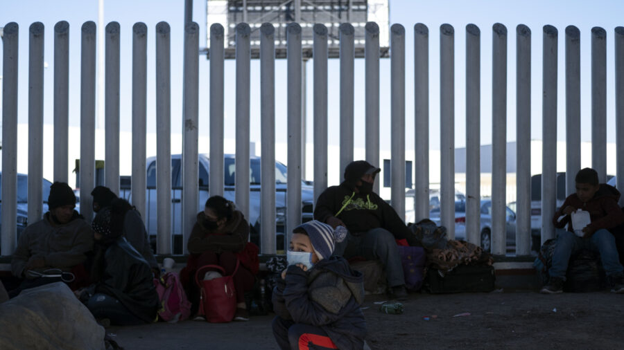 Biden Sending Team to Mexico Border to Report on Influx of Children: White House