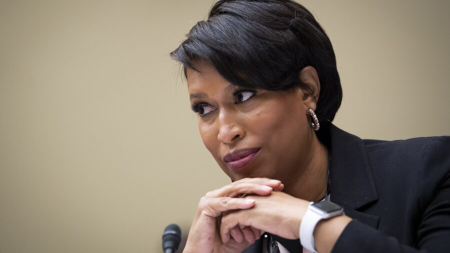 DC Mayor Seen Maskless at Events Before and After Implementing New Mask Rules