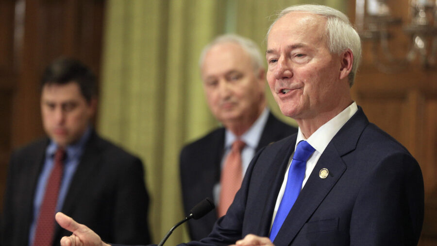 Arkansas Governor Allows Bill That Bans Agencies From Training Employees Critical Race Theory