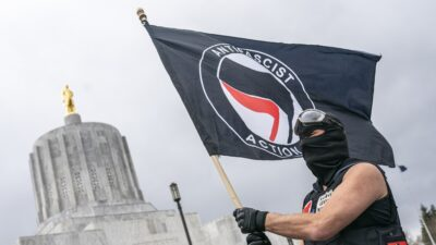 Facts Matter (March 29): Heavily Armed Antifa Rioters Stormed Oregon Capitol