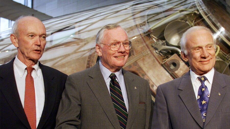 Astronaut Michael Collins, Apollo 11 Pilot, Dead of Cancer