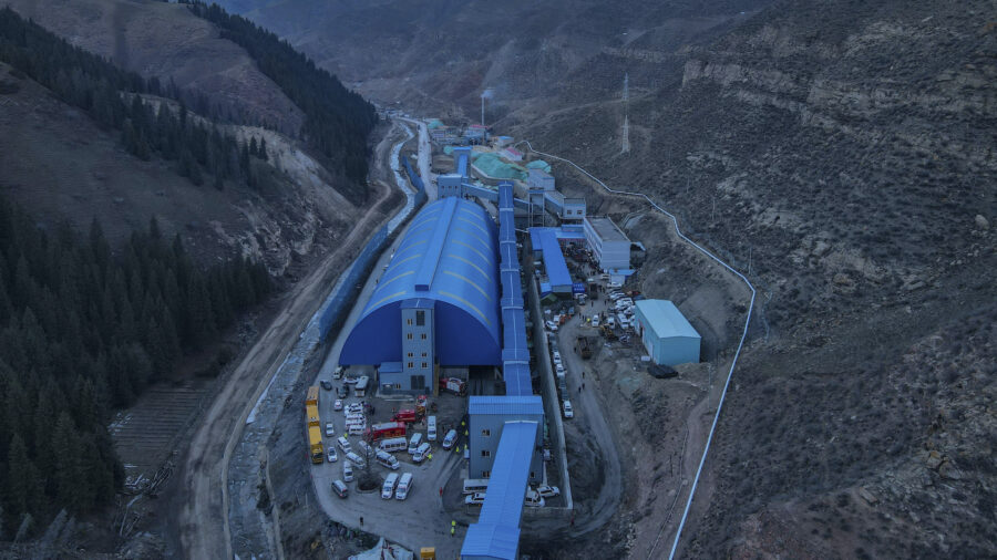 21 Trapped in Flooded Xinjiang Coal Mine: Chinese State Media