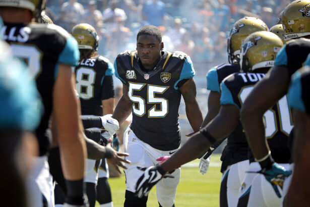 Jacksonville Jaguars outside linebacker Geno Hayes
