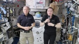 NASA Astronauts Talk to Students From Space