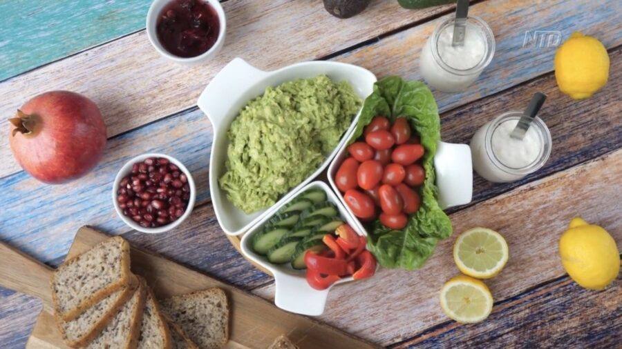 Eating to Stay Young: Anti-Aging Foods