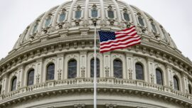 Bipartisan Support to Boost Hill Staff Pay