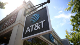 AT&T to Merge WarnerMedia With Discovery