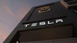 Crash, Arrest Draw More Scrutiny of Tesla Autopilot System
