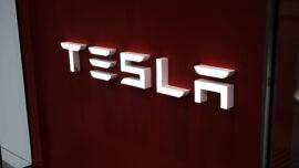 Tesla Megapack Battery Fire Fuels Concerns
