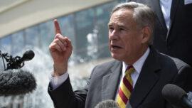 Texas Gov. Abbott Says Intercepted Fentanyl at US Border Saw 800% Increase