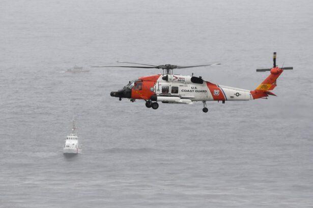 Boat capsizes off San Francisco