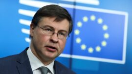 EU Trade Chief: Efforts to Ratify China Deal 'Suspended'