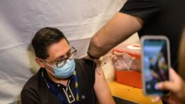 NYC Mandates Health Workers to Be Vaccinated or Show COVID-19 Test Weekly