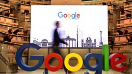 Italy Fines Google for Excluding E-Car App