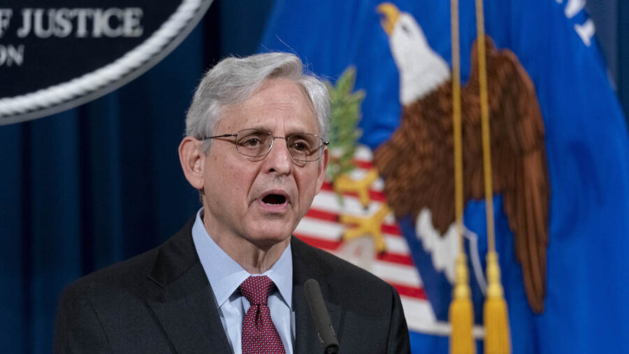 GOP Senators Urge Justice Department to Scrap Amnesty Program That Benefits China