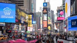 New York City Debuts 110-Foot Ferris Wheel