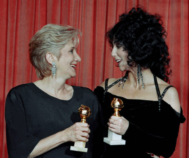 """Aktris Olympia Dukakis, pemenang Golden Globe untuk """"Performa Terbaik dalam Peran Pendukung"""""""