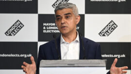 London Mayor Supports Shadow Cabinet Changes