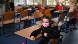 Facts Matter (June 21): University Lab Finds 11 Dangerous Pathogens on Children's Face Masks