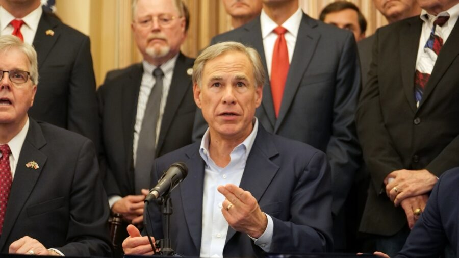 Texas Governor Vetoes Legislature's Funding Over Democrat Walkout
