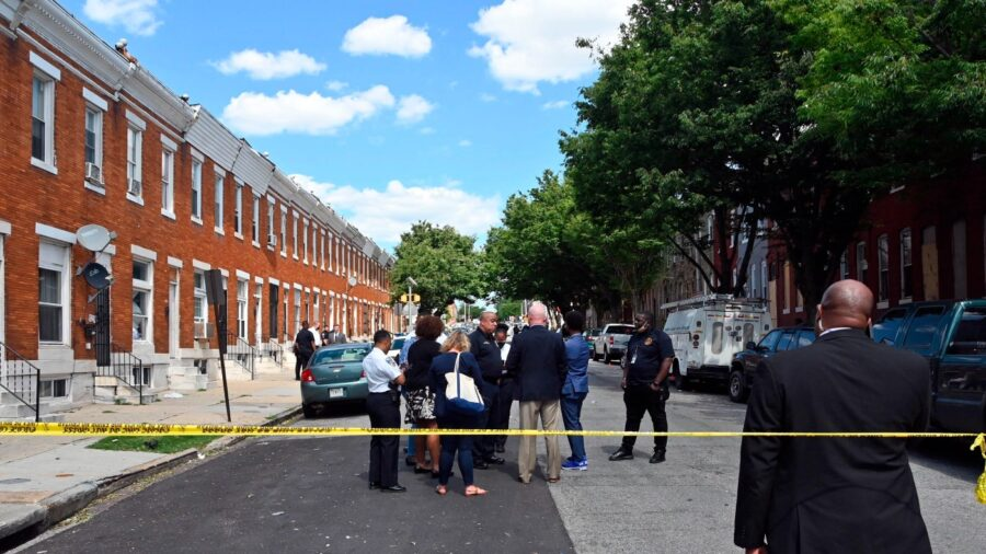 Police: 1 Killed, 5 Wounded in Baltimore Shooting