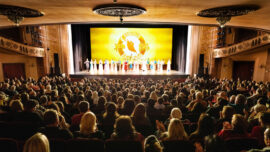 Shen Yun Returns to the West