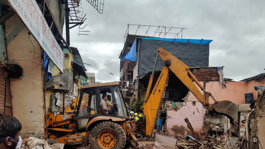 Building Collapse in Mumbai Kills 11, Including 8 Children, Rescuers Search for Survivors