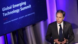 Summit Talks Global Contest for Technology