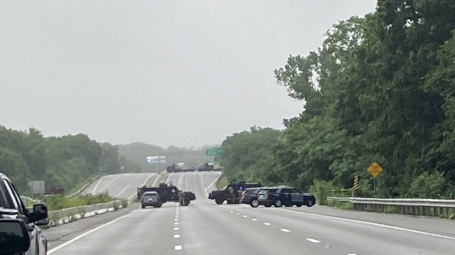 Armed Standoff With Police Shuts Down Part of I-95