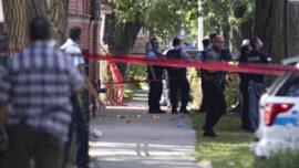 Chicago Police Shoot Suspect After Pointing Gun During Arrest Warrant