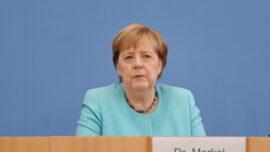 Merkel Defends Pipeline Deal With US
