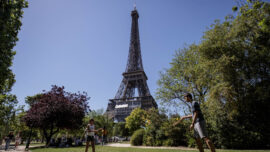 France Requires COVID Pass for Eiffel Tower