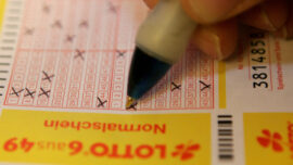 Woman Unaware She Had $39 Million Lottery Ticket in Purse for Weeks