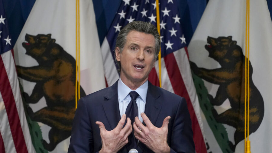 California Lawmakers Approve First State-Funded Guaranteed Income Plan in Nation's History