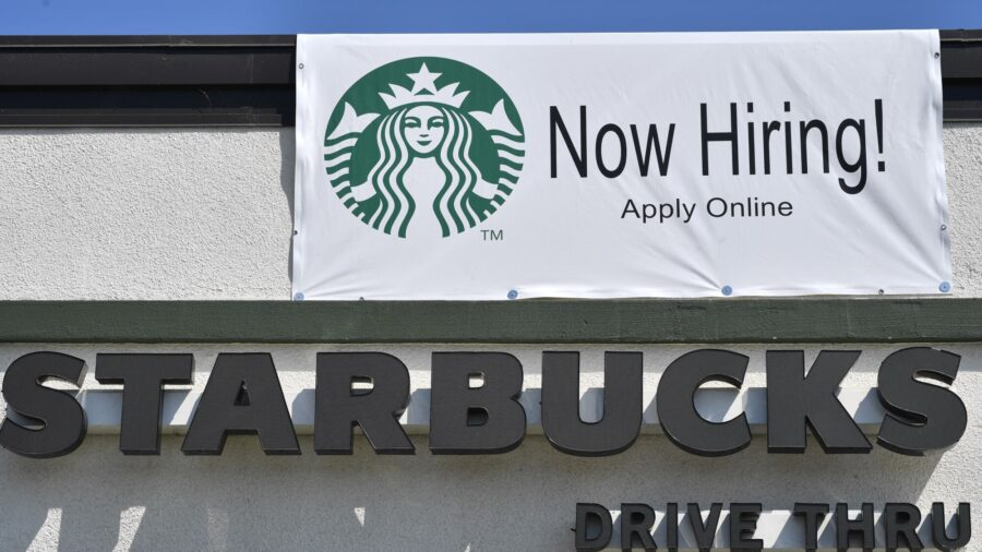 US Jobless Claims Unexpectedly Rise, Overall Trend Points Lower