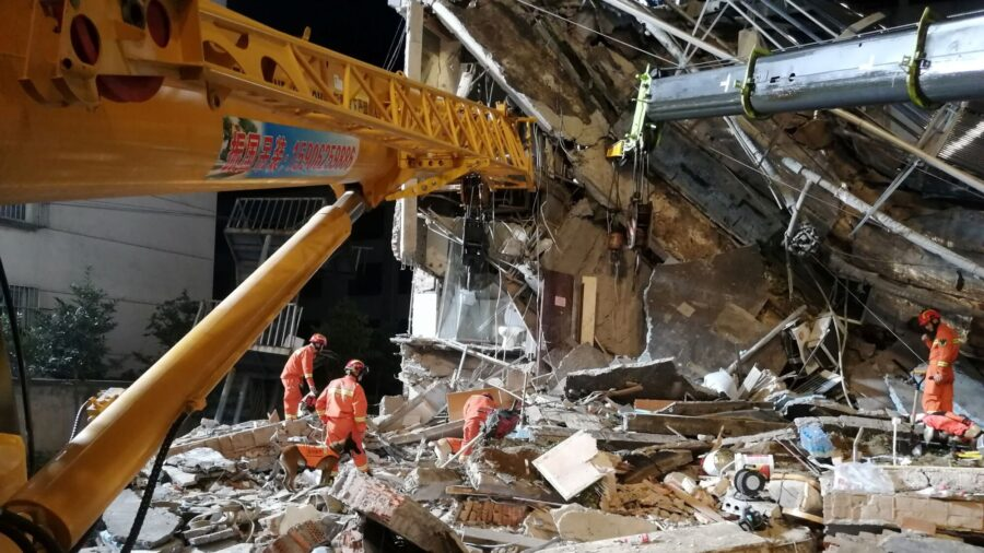 China Hotel Collapse Kills Eight; Rescuers Search for Nine Missing