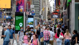 Expert on US Population Growth Rate Nearing Zero