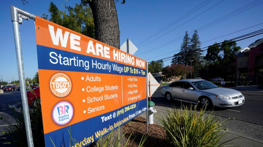 Jobless Claims Rise Above Expectations, Suggesting Bumpy Road to Labor Market Recovery