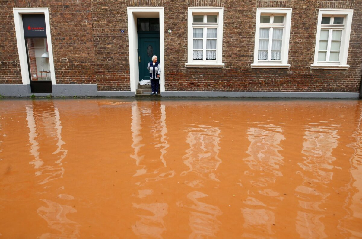 street-flooded-in-germany
